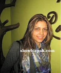 hadiqa kiani without makeup