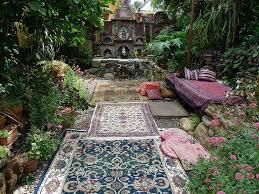 Great Unusual Garden Decor Interior Ideas Unique Garden Ideas Decorating