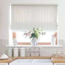 kitchen window blinds nice kitchen window blinds ideas best kitchen blinds ideas on neutral kitchen kitchen kitchen window blinds
