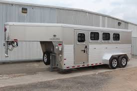 horse trailers d d farm and ranch trailers seguin texas 2017 sundowner rancher 4 horse trailer