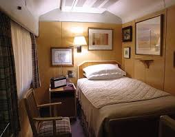Good Inside Trailer House Bedroom | Inside The Queenu0027s Travelling Bedroom In Her Mobile  Home From Home .