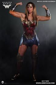 wonder woman official leather replica image 7