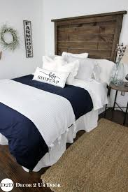 Navy And White Bedroom 17 Best Ideas About Navy White Bedrooms On Pinterest Navy Master