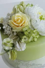 Sugar Paste Cake Decorating 17 Best Ideas About Sugar Flowers On Pinterest Sugar Flower