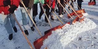 Bildergebnis für Schneeschippen