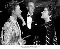 Anna-Q-Nilsson, Henry Byron Warner and Gloria Swanson. A scene taken from  the movie Sunset Boulevard..., Stock Photo, Picture And Rights Managed  Image. Pic. MDO-1324522 | agefotostock