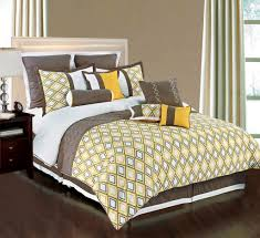contemporary bedding comforters  bedroom and living room image