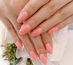 珊瑚色ネイルのおすすめデザイン2019秋冬大人っぽいピンクでモテる
