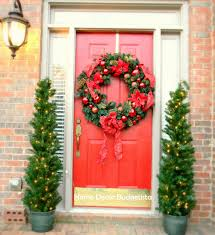 simple christmas decorations for door
