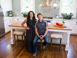Home Design Software Fixer Upper Hgtvs Fixer Upper Homes Drawing Crazy Interest On Airbnb