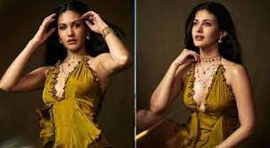 On our website you can easy explore instagram profiles, search by tag or locations, anonymously view users story and videos. Bollywood Actress Amyra Dastur Share Glamrous Pics On Instagram Photos ग ल मरस ल क म अम यर दस त र न स शल म ड य पर ढ य कहर 1