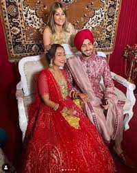 Neha Kakkar and Rohanpreet Singh tied the knot in a traditional wedding  ceremony | News India Times