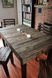 Recycled Pallet Dining Table: