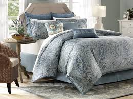 image of grey paisley bedding