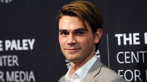Riverdale Star Kj Apa To Replace Kian Lawley In The Hate U Give