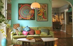18 boho chic living rooms that will