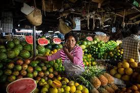 """Résultat de recherche d'images pour """"les femme au marché en afrique"""""""