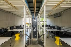 office in container. Rodrigo Kirck Arquitetura Container Office In