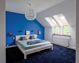 Blaue Wandfarbe Graue Mbel Schlafzimmer In Blau Gestalten Bcea über