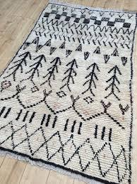 moroccan rug tapis berbere moroccan berber rug azilal tribal rug designer