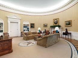 clinton oval office. President Barack Obama (in Office 2009-2017) Clinton Oval