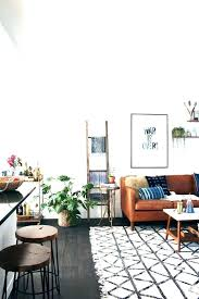 what color rug goes with a brown couch what colour cushions go with brown sofa color what color rug goes with a brown couch
