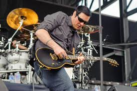 <b>Breaking Benjamin</b> Battle Mystery Illness on Painful Road to Number