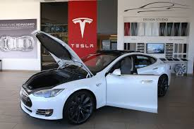 Tesla's new 100 kWH battery makes it the third-fastest ...