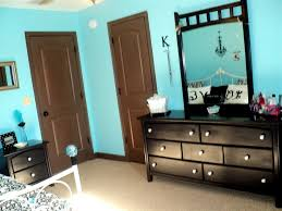 brown furniture tiffany blue and paint walls on pinterest blue room white furniture