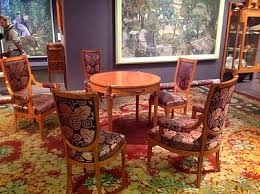 table and chairs by maurice dufrene and carpet by paul follot at the 1912 salon des artistes décorateurs art deco armchair