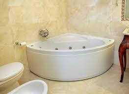 small bathtubs for small bathrooms
