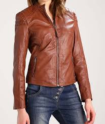 womens brown zipper outfit