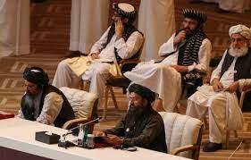 عودة الملا عبد الغني برادر الرجل الثاني في طالبان إلى أفغانستان قادما من قطر