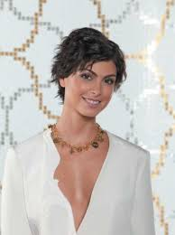 pixie cut for thick wavy hair