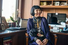 amy tan mother tongue critical analysis essay a thumb mother tongue by amy tan great art takes inspiration and inspiration comes from many