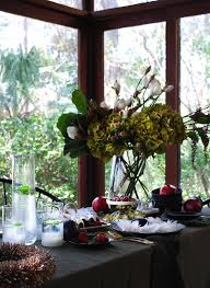 Christmas Table Setting How To Style A Stunning Black Christmas Table Setting We Are Scout