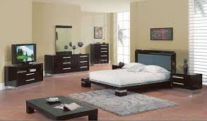 Modern Bedroom Furniture Sets High Gloss Finish Modern Bedroom Set W Silver Accents