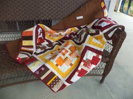 Kat & Cat Quilts: Country Home Quilt Finished & Linking up to Finish it Friday at Crazy Mom Quilts. Adamdwight.com