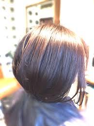 湿気で髪の毛がチリチリボサボサ広がるなら髪質改善トリートメント