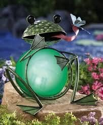 Nodding Frog Solar Light  World Of Solar Novelty Solarlights Solar Frog Lights