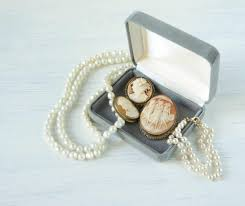buddhist jewelry three muses cameos jewelry