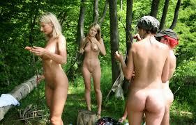 Vinture suicide girls loira tatuada linda gostosa pelada nudelas.