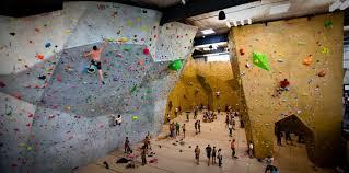 10 unwritten rules of climbing gyms