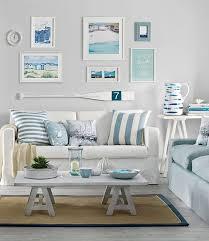 casual coastal living room decor ideas