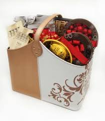 Chinese new year, also called lunar new year or the spring festival, is celebrated based on china's traditional lunisolar calendar. 10 Chinese New Year Hampers Ideas Chinese New Year Newyear Gift Hampers