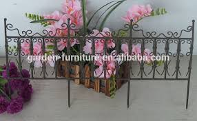 Short Metal Garden Fence Painted White Outdoor Lawn Edging