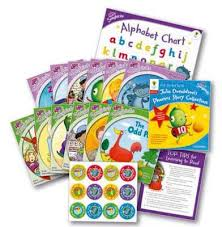 Oxford Reading Tree Songbirds Levels 1 And 2 Get Started With Julia Donaldsons Phonics Story Collection Oxford Reading Tree Songbirds