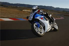2018 suzuki 600. beautiful 600 suzukiu0027s gsxr600 and gsxr750 will not be updated for 2018 documents in  the us have revealed to 2018 suzuki 600
