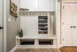 4 tags Traditional Mud Room with 3/16 in. x 32 in. x 48 in. user2321519   Home Design Ideas