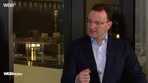 وزير الصحة الألماني يجاوب على أسئلتكم حول التطعيم في ألمانيا - العربية -  WDRforyou - Nachrichten - WDR